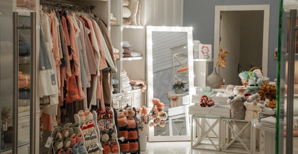 architecture-boutique-business-1827130