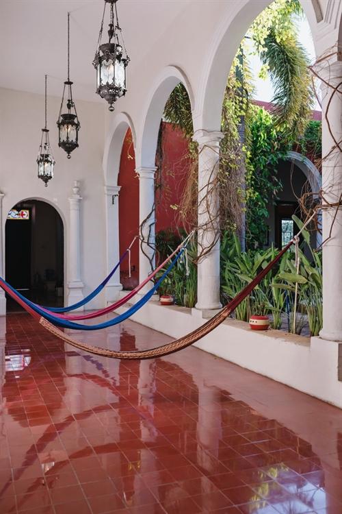 historic mansion stunning boutique - 14