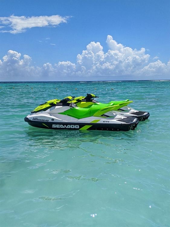 jet ski parasailing water - 4