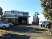Busy Mechanical Workshop In Pakenham For Sale
