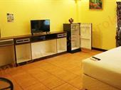 Eighteen Room Guest House In Pattaya Beach Road For Sale