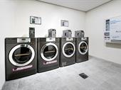 Coin Laundry -- Altona -- #4963456
